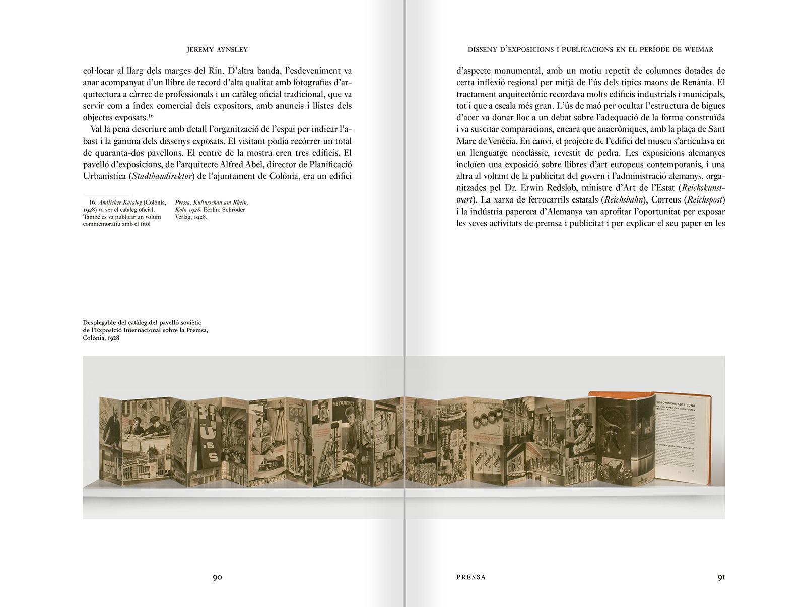 """Selección del catálogo """"Espacios fotográficos públicos. Exposiciones de propaganda, de Pressa a The Family of Man, 1928-1955"""" páginas 90 y 91"""