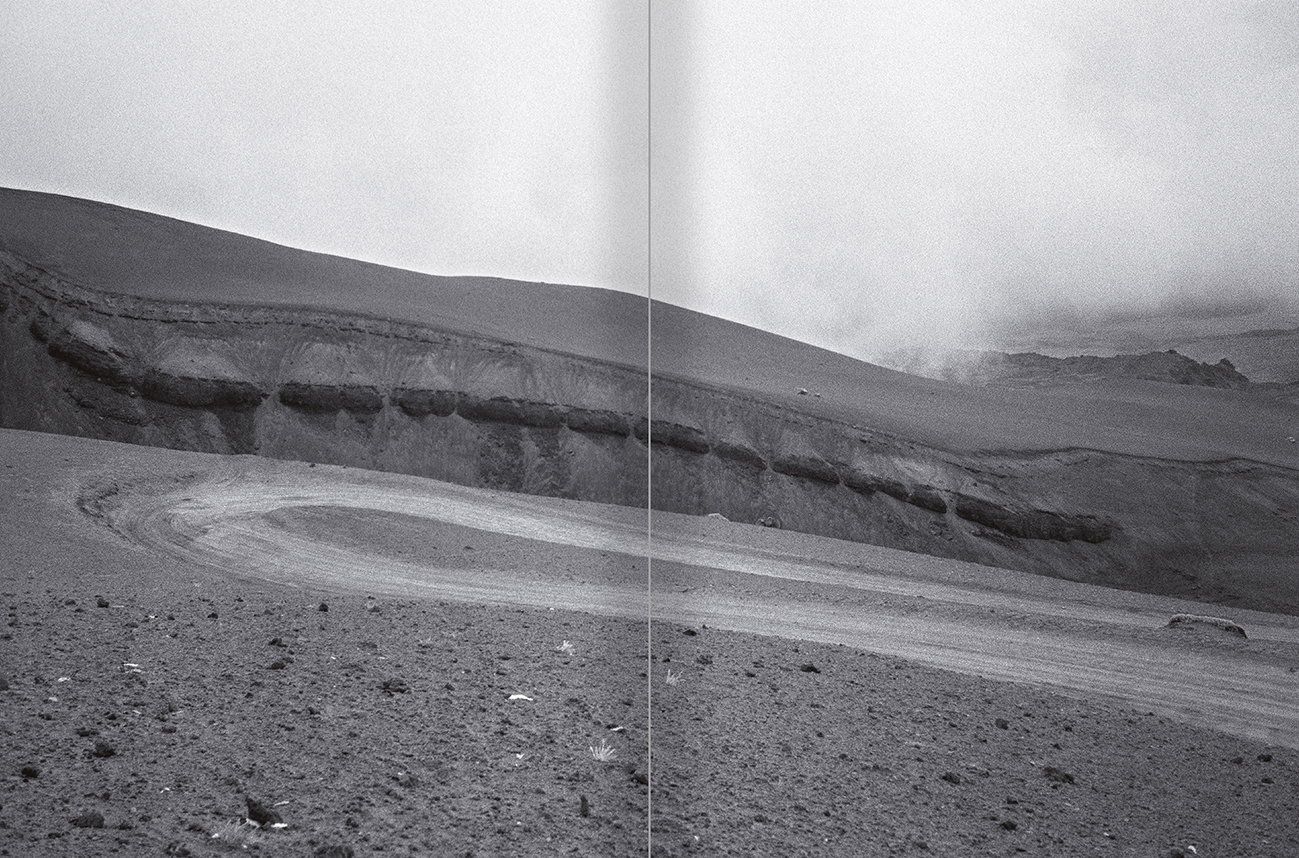 Selection from the catalogue 'Sergi Aguilar. Revers anvers', pages 100 and 101