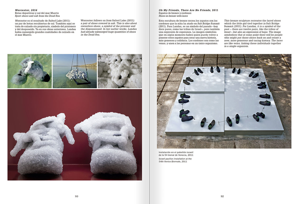 """Selección del catálogo """"La danza fenicia de la arena / Phoenician Sand Dance. Sigalit Landau"""", páginas 92 y 93"""