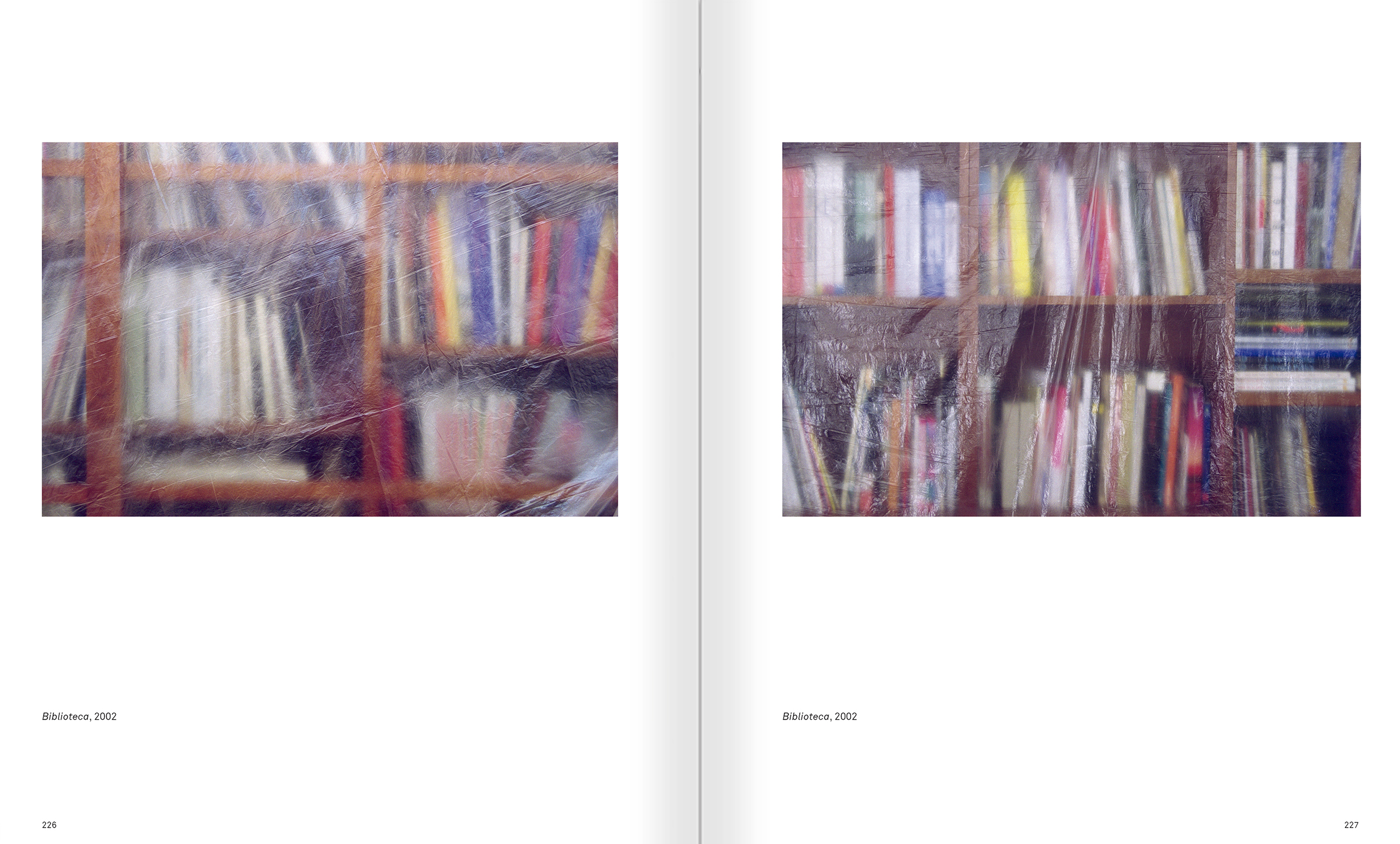 Selection from the catalogue 'Ignasi Aballí. 0-24 h', pages 226 and 227